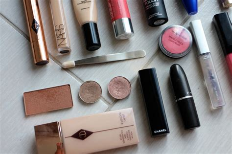 Inside My Makeup Bag by Inside My Travel Makeup Bag Pebbles