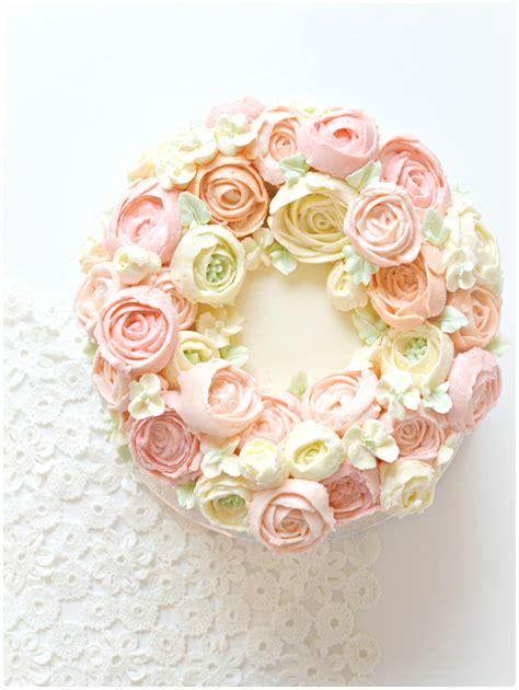 Wreath Style Korean Buttercream korean style buttercream flower wreath cake cherie 1 ch 233 rie