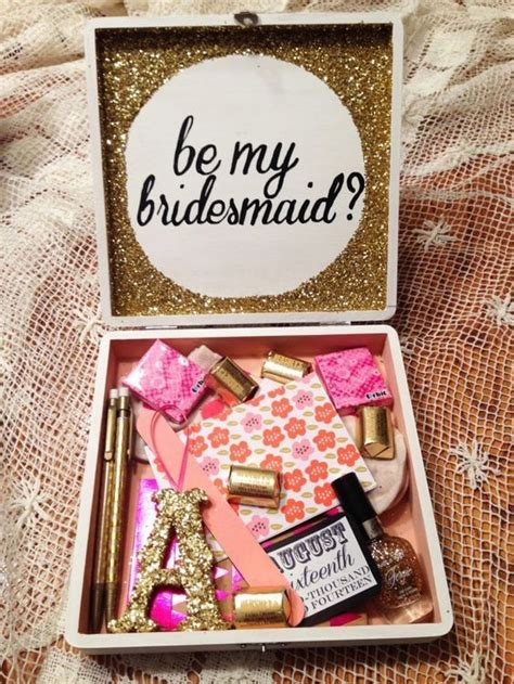 10 creative card display ideas delightfully noted 15 delightful quot will you be my bridesmaid ideas deer pearl flowers