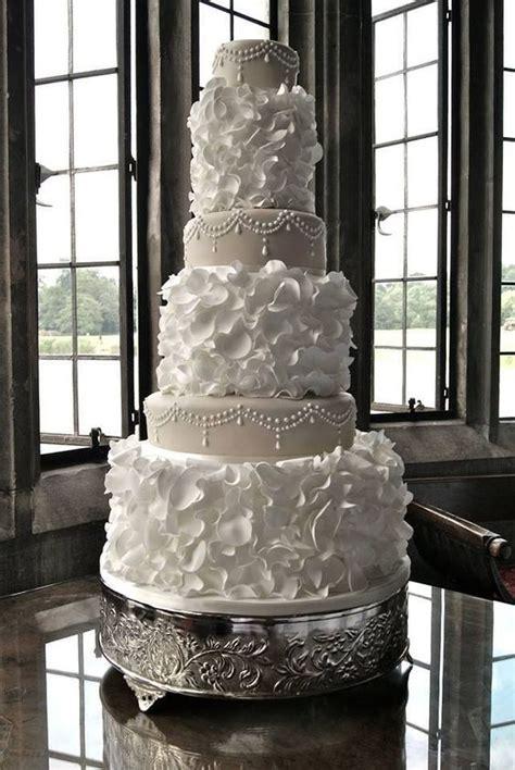 simple elegant  white wedding color ideas page