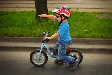 imagenes niños manejando bicicleta 191 qu 233 normas para ciclistas hay en europa circula seguro