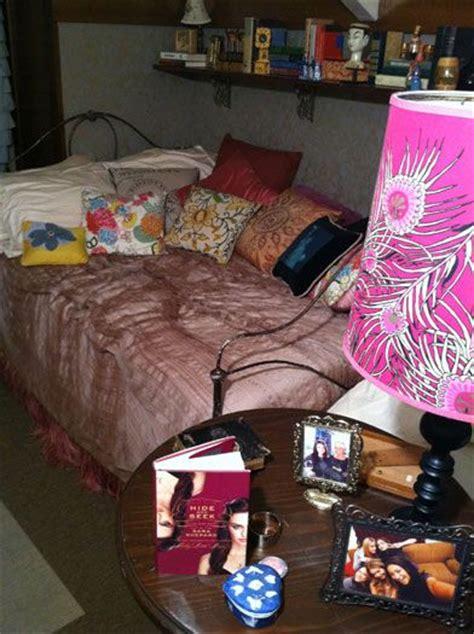aria montgomery bedroom aria decor from pretty little liars pretty little liars