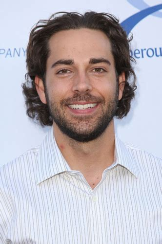 all comments on from zachary levi with yvonne strahovski zachary levi nbc s chuck page 2
