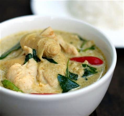 thai kitchen green curry chicken scrumpdillyicious chicken in thai green curry