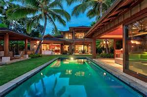 Oahu Luxury Homes Oceanfront Luxury Home Offers Oahu Island Living Hawaii