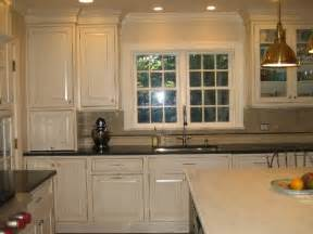 Kitchen Colors With Cream Cabinets by Kitchen
