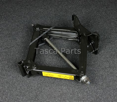 Spare Part Ford Focus 2006 brand new spare tire lifting 2006 2011 ford focus