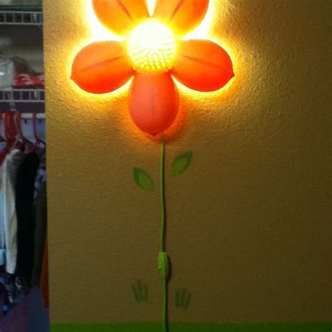 Lu Bunga Ikea Smila Blomma stylin up the awesome ikea flower light with some wall
