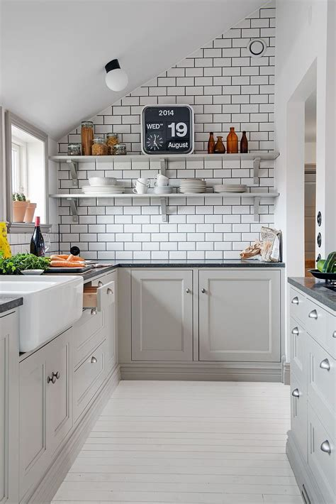 12 stylish and contemporary ways to use subway tiles in 20 stylish ways to work with gray kitchen cabinets
