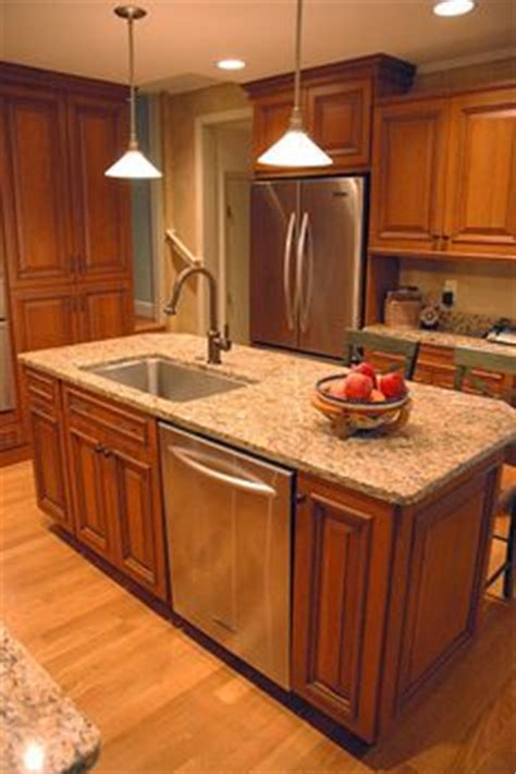kitchen island with sink and dishwasher and seating 1000 ideas about kitchen island sink on