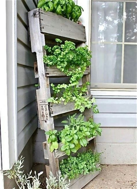 Vertical Garden Pallet Garden Styling With Pallet Vertical Planter Wooden