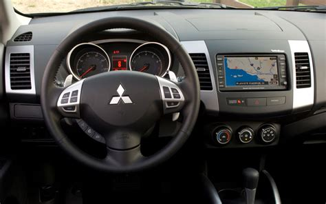 Mitsubishi Outlander 2007 Interior by Replace The Oem Unit With Mmcs Mitsubishi Forum