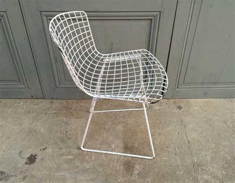 chaise bertoia blanche paire chaises harry bertoia pour knoll