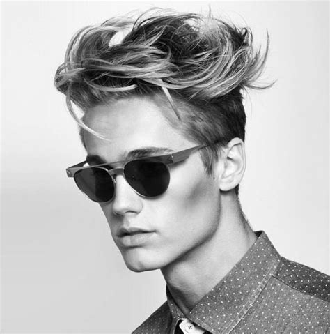 hairstyles for sharp jaw line sharp jawline www pixshark com images galleries with a