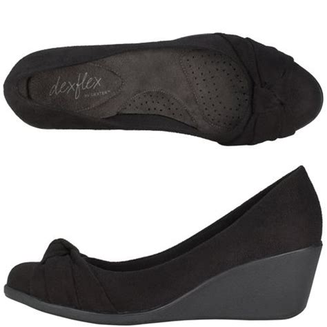 most comfortable wedges ever 17 best images about capsule wants on pinterest