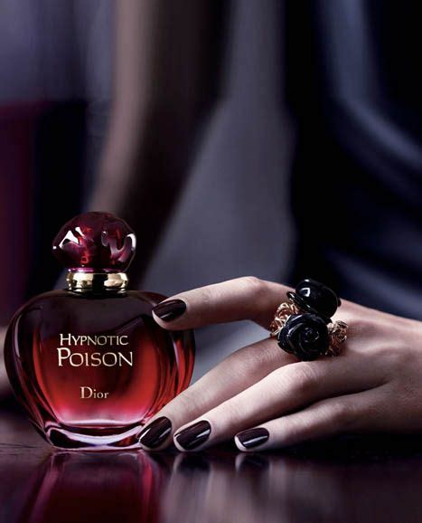 Jual Parfum Christian Hypnotic Poison best 25 hypnotic poison ideas on