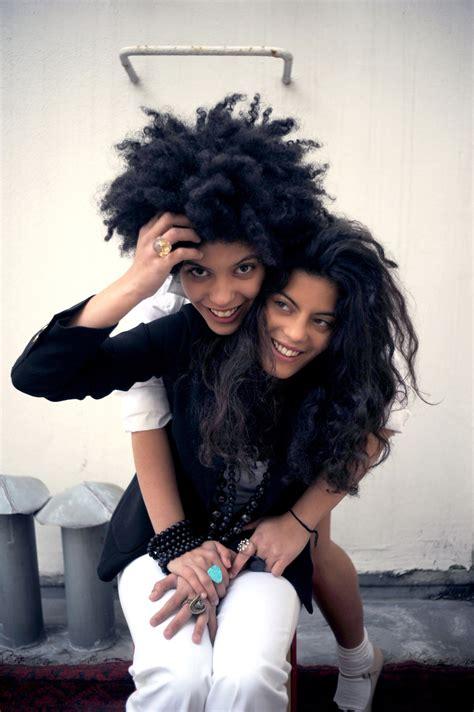 Twin Desk Ibeyi The French Cuban Twin Sister Soul