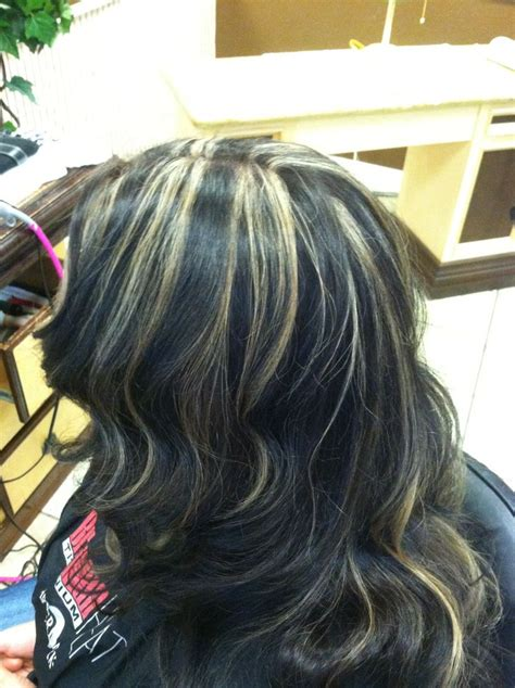 how to put blonde highlights in black hair blonde highlights on black hair hair by me pinterest