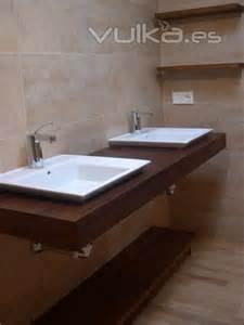 encimera iroko foto encimera para lavabo en madera natural de iroko
