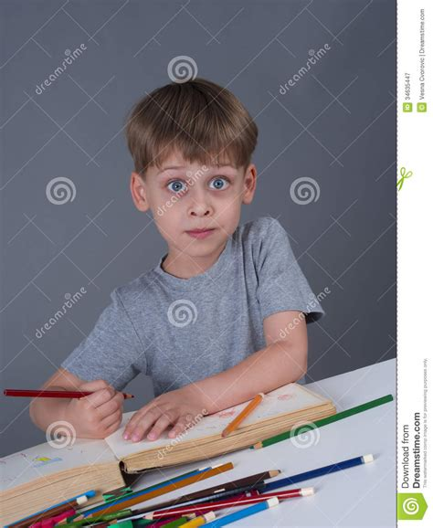 cute young boy royalty free stock photography image young boy drawing royalty free stock photography image