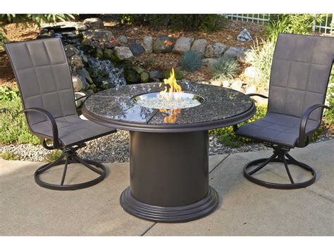Outdoor GreatRoom Colonial Fiberglass 48 Round Crystal