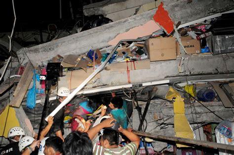 imagenes impactantes terremoto ecuador terremoto en ecuador el saldo de v 237 ctimas supera los 230