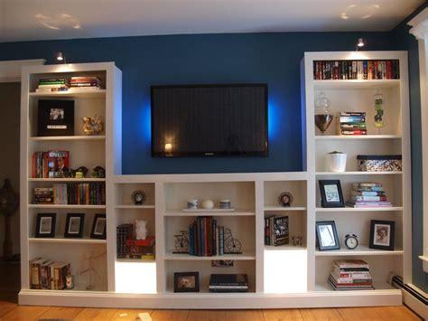 kleines küchenregal ikea turning ikea bookshelves into builtins regal wohnzimmer