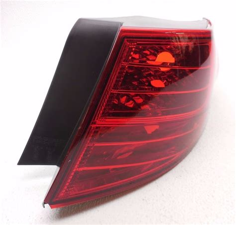 kia optima tail light assembly oem 2011 2013 kia optima ex lx rear right tail light tail
