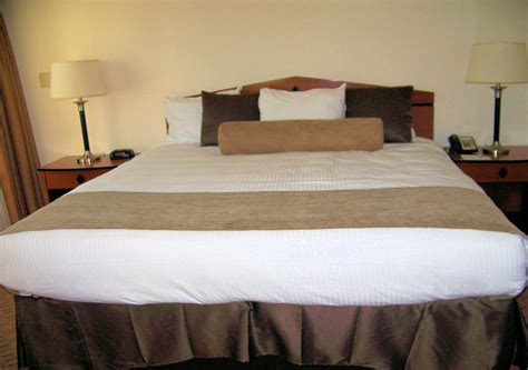 hotel room free stock photo public domain pictures hotel king size bed free stock photo public domain pictures