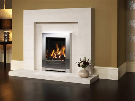 western style family fireplace wallpaper 2 3 1024x768