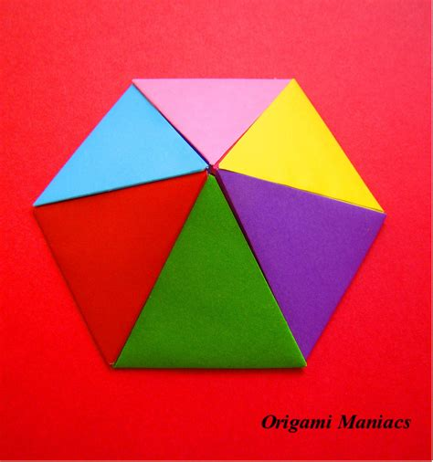 How To Make An Origami Pyramid - origami maniacs origami pyramids