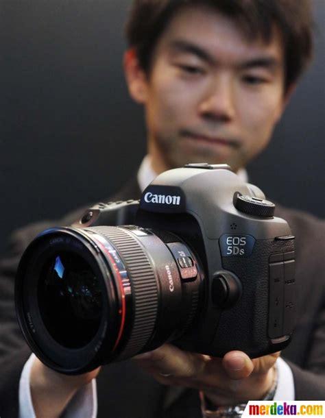 Kamera Canon Di Makassar foto ini wujud kamera terbaru canon eos 5ds dan 5ds r