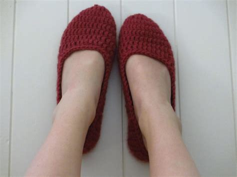 house slipper pattern womens house slippers crochet pattern crochet and knit