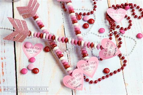 simple valentines day gifts 12 easy diy valentine s day gifts for shelterness