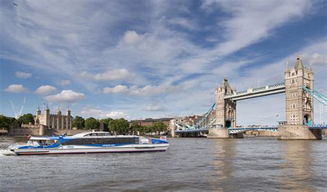 thames clipper payment mbna thames clippers launch first contactless charity