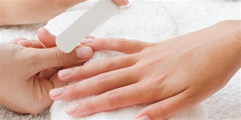 how to make a manicure last lasting nail