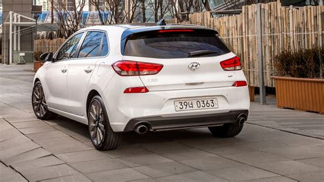 Hyundai Car Reviews by 2017 Hyundai I30 Review Caradvice