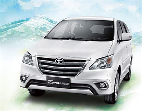 Lu Depan Mobil Innova harga dan spesifikasi toyota kijang innova mobil idaman keluarga bursa otomotif
