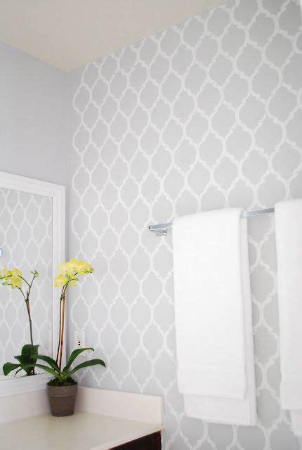 White Bathroom Wallpaper by Best 25 Bathroom Wallpaper Ideas On Wall