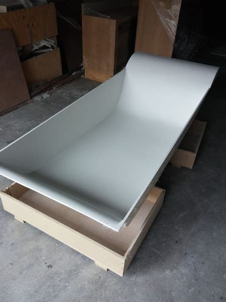 corian bathtubs corian bath techno surfaces
