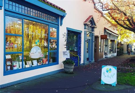 here are the three best gift shops in fremont have a heart