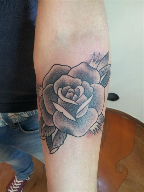 rose tattoos pinterest 28 forearm arm classic