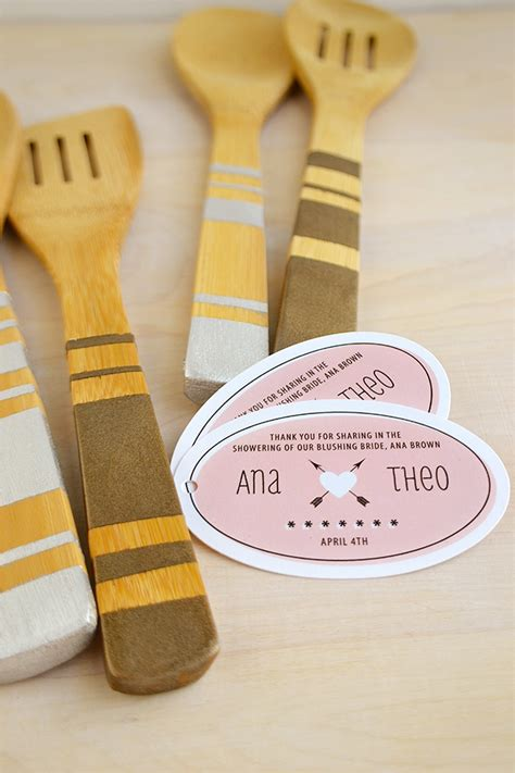 craft ideas for wedding shower favors diy painted wooden spoons evermine weddings