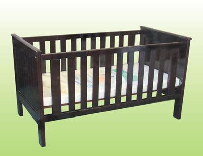 Crib Slang by Difference Between Crib And Cot Crib Vs Cot