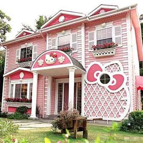 hello kitty mansion hello kitty house world s wildest houses vi this old house