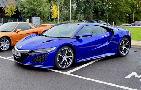 Honda NSX review: Hybrid supercar takes on McLaren and Audi