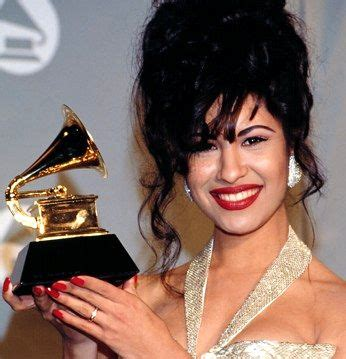 selena quintanilla perez the murder of a beloved by