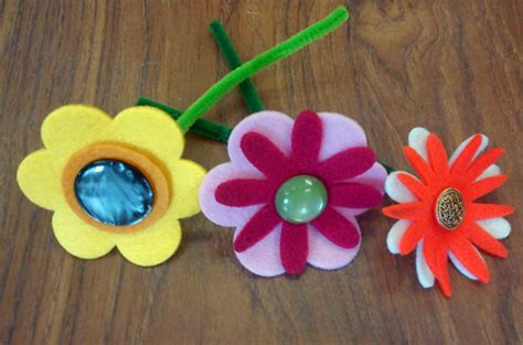 easy craft projects for seniors easy crafts for seniors with dementia