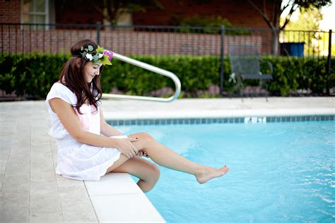 Swimming Pool Wardrobe Pics by Shoshanna Swim