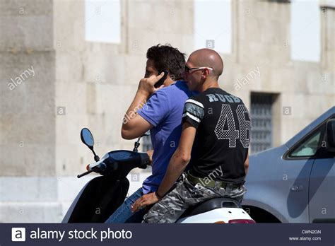 Motorrad Sozius Handy by Passenger Pillion Stockfotos Passenger Pillion Bilder